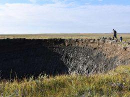 Un enorme cráter se abre en Siberia (otro más)