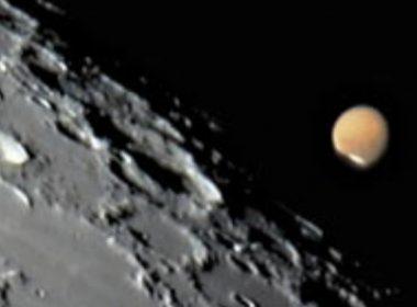 La Luna y Marte estarán juntos en el cielo este fin de semana