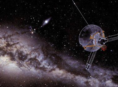 El Espacio es mucho más denso fuera del Sistema Solar, revela Voyager 2