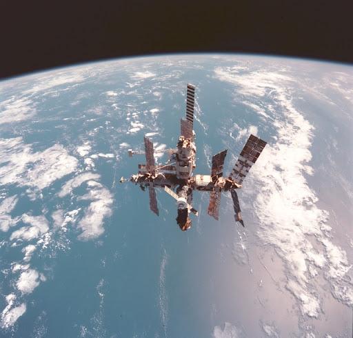 """Un cosmonauta """"quedó varado en el espacio"""" cuando la Unión Soviética colapsó"""