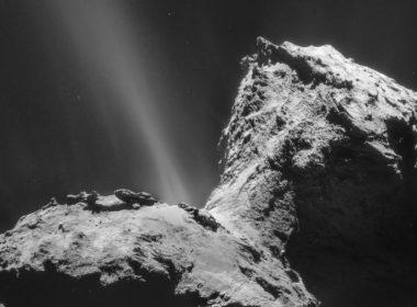 """Hallan """"ingredientes"""" esenciales para la vida en un cometa por primera vez"""