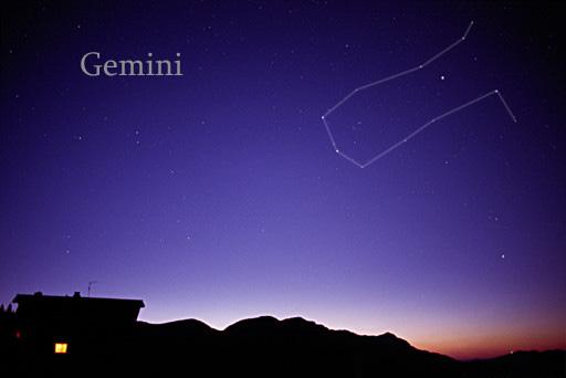 """Lluvia de meteoros """"Gemínidas"""" alcanza su máximo este domingo. Las estrellas fugaces más brillantes del año"""
