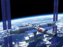 China lanza tres misiones para construir su Estación Espacial