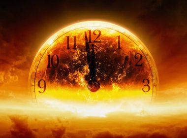 El Reloj del Juicio Final permanece más cerca de la medianoche de lo que ha estado