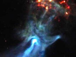 """Una mano """"fantasmal"""" de 150 años luz se extiende a través del espacio"""