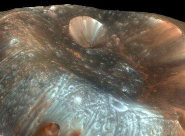 El mejor lugar para buscar vida marciana pueden ser sus lunas, sugieren científicos